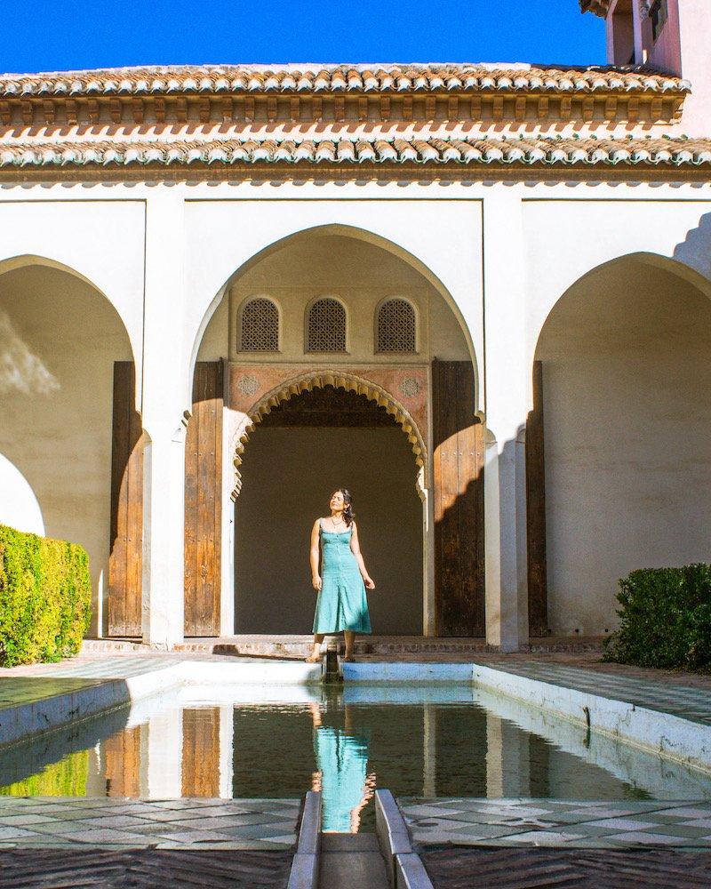 woman at alcazaba malaga