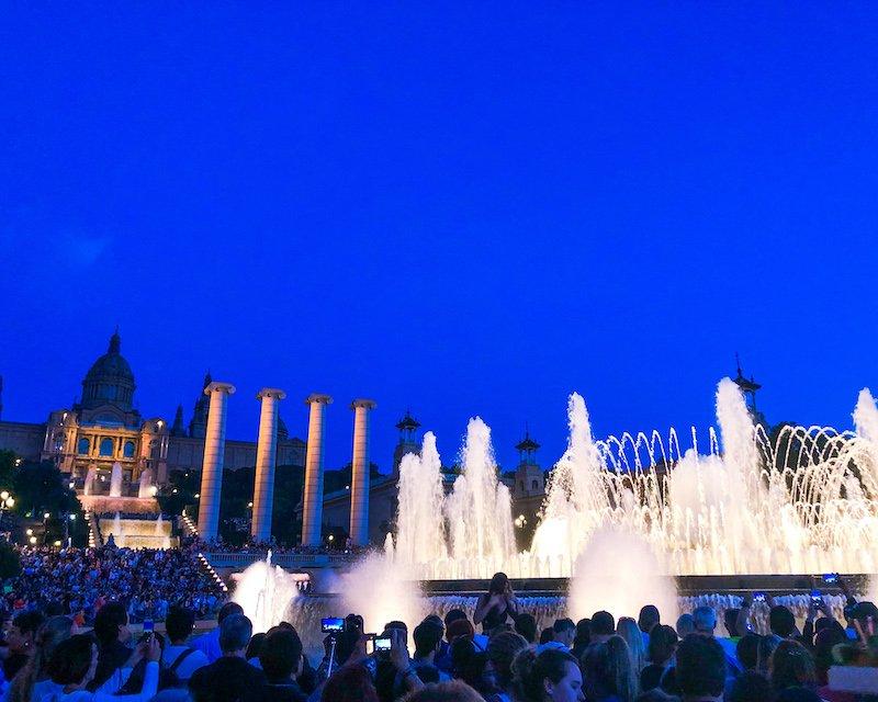 monjuic magic fountain barcelona