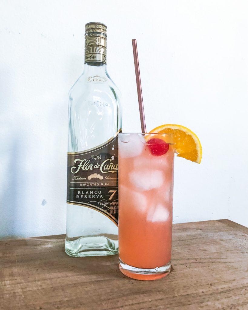 el macua cocktail flor de cana rum