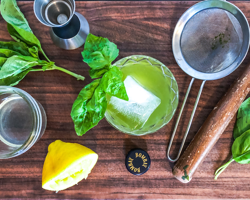 gin basil smash cocktail ingredients