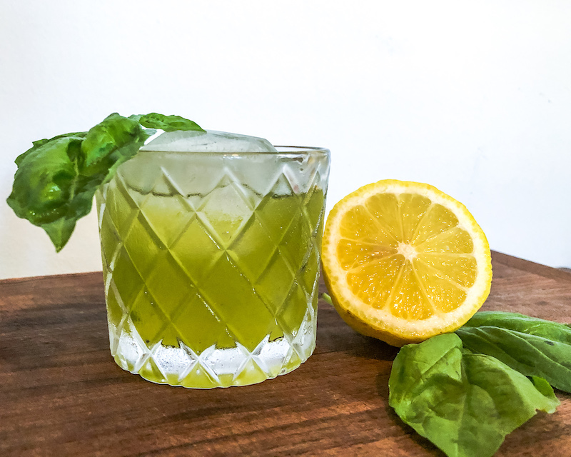 gin basil smash cocktail with lemon