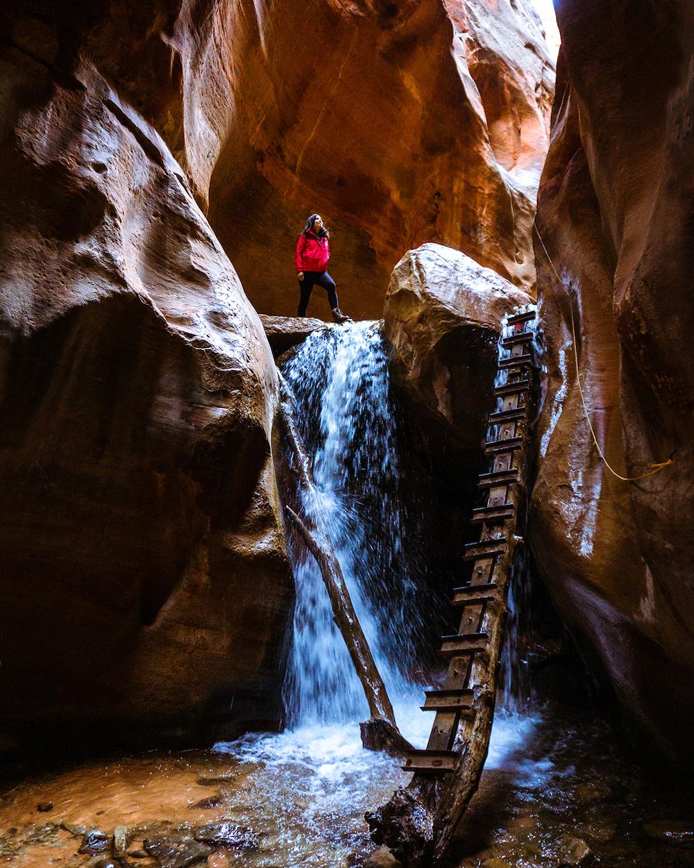 kanarra creek canyon waterfall kanarraville utah