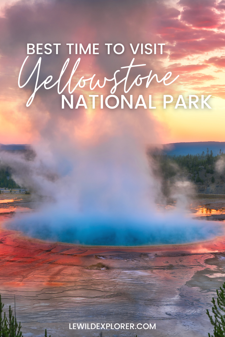 grand prismatic hot spring at yellowstone national Park