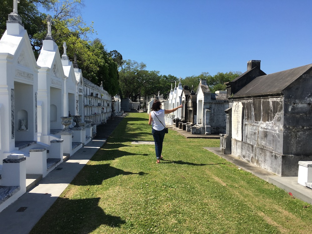 things to do in new orleans cemetery