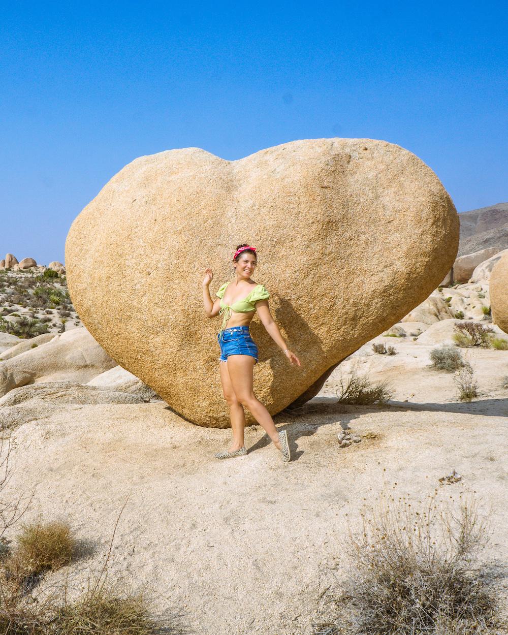 heart rock hike joshua tree national park